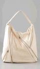 Chanel白色软皮装饰拉链单肩包