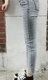 春款彩色格纹系列牛仔小脚裤