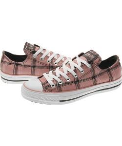 横纹方格运动鞋
